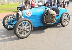 20140501 Brignais Rhône - 100 ans du GP de Lyon - Bugatti 35 -(1925)- (anhndee) Tags: france frankreich rhône classiccars rhonealpes brignais voituresanciennes gpdelyon