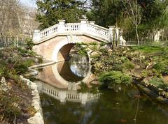 2015.03.23.07 PARIS - Parc Monceau (alainmichot93) Tags: paris france seine architecture pont iledefrance reflets printemps parcmonceau 2015 paris8mearrondissement