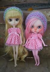 Ryn and Kitty (kirathegelfling) Tags: pink hat hats pullip blythe custom blythedoll customblythe pullipdoll customdoll