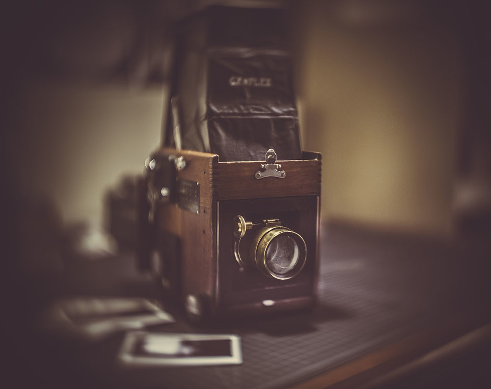 The Worlds Newest Photos Of Brass And Petzval Flickr Hive Mind 85 F 22 Bokeh Control Lens Graflex Instax Jason Bognacki Tags Film Polaroid Antique Wide F4