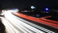 Lichtermeer A40 (chris-bo) Tags: a40 autobahn wattenscheid bochum lichter rcklichter rot weis licht light lights lichtstreifen bewegung fahrbahn abfahrt ausfahrt auffahrt verkehr strase bab 40 berufsverkehr stoszeit hauptverkehrszeit rushhour