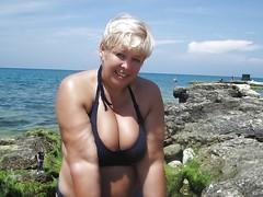 60 (teddyvial) Tags: sexy giantess mature bbw