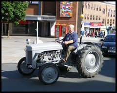 Massey Ferguson 70 years of Tractors parade Coventry. (nexapt101) Tags: tractor coventry ferguson 70 parade
