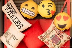 Gracias Totales! (feluss2016) Tags: gracias color rojo sonrisa smiles emoticons thankyou red yellow