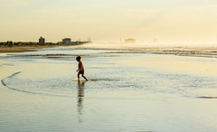 Soleil in Sunrise Surf (Geoff Livingston) Tags: daughter ocean surf beach city sea atlantic girl sunrise water