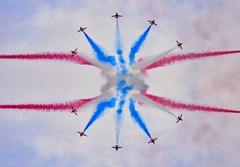 I could not understand.. (Almsaeed) Tags: dubai air show 2013 flights clouds canon zoom blue symmetry moment red arrows uae photoshop digital blending i could not understand complex