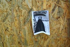 pubblicit (enrico sprea) Tags: pubblicit reclame annuncio strada pratodellavalle padova veneto italia propaganda promozione disegno foglio stampa fotocopia allaperto pentaxlife parete muro pannello legno imbianchino operaio artigiano morte falce