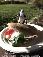 09 Bon menjar a Santa Teca (Nightwing80) Tags: stormtrooper santatecla 2016 que la tecla tacompanyi starwars festa tarragona twitter
