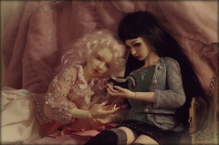 Ride on 3 (Madrugadah) Tags: love twins ride frosty napoleon bjd lumi abjd lovesong halfelf limhwa corsetsbyseventhsoul