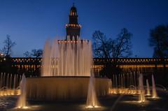 Rhapsody in blue...... (Jean-Pierre54) Tags: milano fontana castellosforzesco sera orablu piazzacairoli