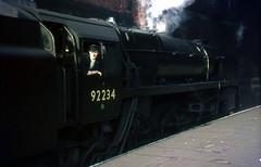 92234 Birkenhead Woodside station.  5 March 1967 (Brit 70013 fan) Tags: br cheshire steam birkenhead 1967 british standard railways woodside steamengine britishrailways 9f 92234 stephensonlocomotivesociety