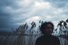 Piume (La Tì / Tiziana Nanni) Tags: portrait film portraits 35mm luca analogue ritratto expiredfilm kodak400 pellicola analogico konikapop iamyou tizianananni analogueportraits