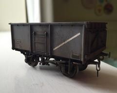 Bachmann 16 ton mineral wagon detail (jonas_415) Tags: truck wagon mineral bachmann coal mco modelrailway weathering britishrailways 00gauge 16ton minfit