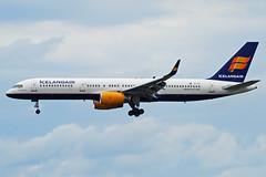"Icelandair Boeing 757-200 TF-FII ""Eyjafjallajkull"" (gooneybird29) Tags: airplane airport aircraft airline boeing flughafen muc flugzeug 757 icelandair eyjafjallajkull tffii"