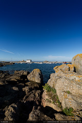 Petit matin (Ludtz) Tags: ludtz canon canoneos5dmkiii 14mm 14|28 trvignon bzh bretagne breizh brittany 5dmkiii mer ocean atlantic atlantique rock rocher rocks rochers sea port harbor blue bleu