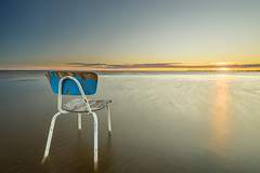 Blue (SamppaV) Tags: chair gone lonely beacn hailuoto motive oulu finland longexposure filter leefilters sea bayofbothnia permeri
