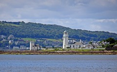 Toward Bute (Bricheno) Tags: toward lighthouse clyde coast estuary firth firthofclyde bricheno stevenson robertstevenson scotland escocia schottland cosse scozia esccia szkocja scoia    rothesay foghorn bute island isleofbute cowal