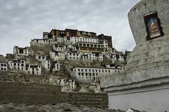 Gompa de Thykse (jacques-tati) Tags: gompa thyks stupa ladakh monastre bouddhisme himalaya jammucashmire inde
