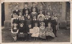 Duncton School, Group I. 1912. West Sussex (EastMarple1) Tags: school duncton sussex 1912 vintage boy girl student pupil teacher master hamiltonmajorlindsay fashion child children hair ribbon bow collar