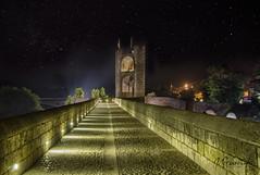 Besal (pepas1) Tags: noche besal gerona catalua puente agua verano piedra luces arboles
