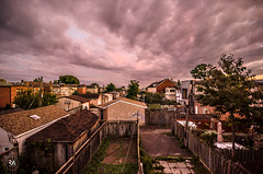 Lavender Skies (Patrick.Younger.Photography) Tags: unset sunset natural light vibrant pastel lavender skies roofs harages alleyways clouds sun lighting backyards ontario corso italia 1116mm tokina nikon d7000