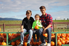 Three boys for three pumpkins / tri tikve za trojicu brae ;) (Gordana AM) Tags: wwwgordanaphotocom gordanamladenovic gordana photography photographer photo portcoquitlam bc britishcolumbia vancouver lowermainland canada lepiafgeo fall autumn pumpkin patch picking october orange blue sunny day three boys brothers boyhood brotherhood friendship little big laity maple ridge gva fraser valley