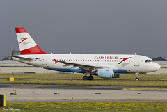 Austrian Airlines A319-100 OE-LDD (birrlad) Tags: prague prg international airport czech republic aircraft aviation airplane airplanes airline airliner airlines airways taxi taxiway takeoff departing departure runway airbus a319 a319100 a319112 oeldd austrian