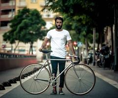 iMet monsieur velo's Boss (father TU) Tags: fixie fixedgear monsieurvelo trackbike barcenlona fathertu