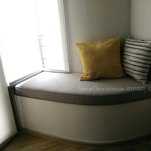 Free Form Shape Seat Cushion Custom Made at Hua Hin. ยากทำเบาะนั่งพร้อมปลอกให้กับฐานแบบไหนก็ตาม วาดแบบส่งมา เดี๋ยวเราส่งคืนให้แบบนี้ (ใช้คู่กับผ้าม่านม้วนเราด้วยจะได้แสงที่นัวงดงามแบบนี้) www.PremierDecoration.com 0813710671,0897434656 Line:PremierDecorat