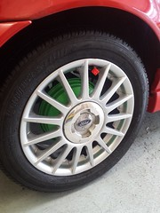 A few jobs done on the Fiesta today (gregg.p) Tags: red green wheel fiestazetecs brakedrum