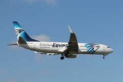 SU-GEE Boeing 737-866 EgyptAir (R.K.C. Photography) Tags: uk london aircraft boeing lhr airliners b737 egll egyptair sugee londonheathrowairport 737866 canoneos1100d