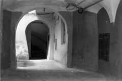 Ukraine - Lviv (Lwów) - entrance to the building (Analog World Thru My Lenses) Tags: ricohxr7 rikenon50mmf14 agfaapx400 ukraine lviv lwów march 2016