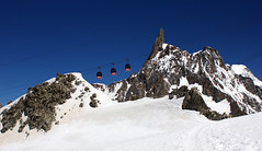 Dente del Gigante (Ste Cube) Tags: mountain montagna montebianco valdaosta ghiacciaio telecabina dentedelgigante stecube
