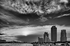 Look at the Sky (Serena Zilio) Tags: sky bw skyline clouds nikon miami dramatic miamibeach d7100