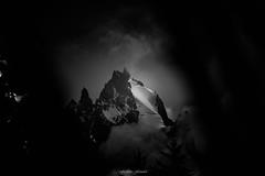 Furtive Altitude (Frdric Fossard) Tags: montagne glacier paysage nature aiguilleduplan alpes france hautesavoie altitude massifdumontblanc nuage crtes artes picdemontagne facenord aiguillesrocheuse