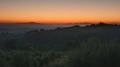 Sunset on Fiano (Di_Chap) Tags: fiano tuscany sunset italy chianti goldenhour golden hour
