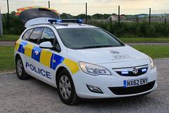Cleveland Police Vauxhall Astra Estate Dog Section Car (PFB-999) Tags: cleveland police vauxhall astra estate dog section car vehicle unit van wagon k9 lightbar grilles leds nx62eny