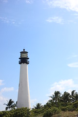 Key Biscayne Lighthouse, Florida (Xavier Desnoyers) Tags: florida floride key biscayne miami state park lighthouse parc naturel phare sea mer architecture