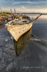 racons del delta 5 (Josep M.Toset) Tags: aigua barca baixebre catalunya d800 josepmtoset matinada mar marina mediterrani nvols nikon paisatges pesca sortidadesol lucroit hitech