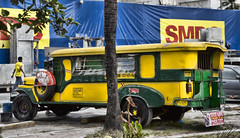 HL8A3897 (deepchi1) Tags: manilla phillippines asia pacific islands urban city jeepneys taxis jeeps traffic