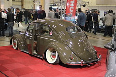 Classic VW Beetle (Drontfarmaren) Tags: show classic cars vw easter sweden low beetle performance event american april motor coverage custom bilder jönköping bagged 2015 galleri elmia bilsport drontfarmaren