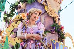 Mickey's Soundsational Parade (looseey) Tags: disneyland rapunzel soundsational mickeyssoundsationalparade