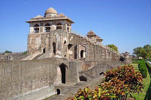 Le palais Jahaz Mahal (Mandu, Inde)