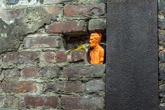 Self Portrait Sculpture Of Ryan (nrhodesphotos(the_eye_of_the_moment)) Tags: dsc02123160 wwwflickrcomphotostheeyeofthemoment nrhodesphotosyahoocom metal conartistscontemporary manhattan nyc les candid selfportrait sculpture art brick wall cement indoor creative