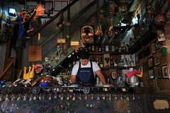 Barman (renedelagza) Tags: bar barman restaurante restaurant zacatecas mexico efs1855mmf3556is canoneosrebelxsi kitlens