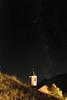 Lladorre, la nuit (Ramon Oromí Farré @sobreelterreny) Tags: estels estrelles estrellas stars nuit night noche nit lladorre valldecardós santmartídelladorre altpallars pirineu pirineo pallarssobirà pallars constel·lació cel cielo sky provínciadelleida campanar campanario puitabaca tabaca catalunya catalonia catalogne cataluña nocturn nocturno