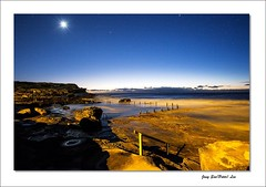 Stars twinkle (jongsoolee5610) Tags: seascape stars maroubra sydney australia sea earlymorning night