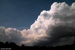 Nuages bien sombres (antoinebouyer) Tags: nuage ciel sky cloud bleu noir temps mto orage
