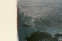 Punta de Tralca (vlΛиco iиvierиo) Tags: playa winter beach invierno analog analgue analoga 35mm zenit 122 fuji fujicolor friends amigos weed stone stoner chile el tabo chilephoto