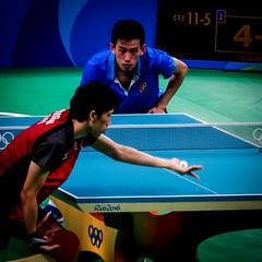 Look at this ball, look at it! (MastaBaba) Tags: 20160821 brazil brasil rio riodejaneiro olympics olympicgames summerolympics sports tabletennis table teams hongkong japan china blue